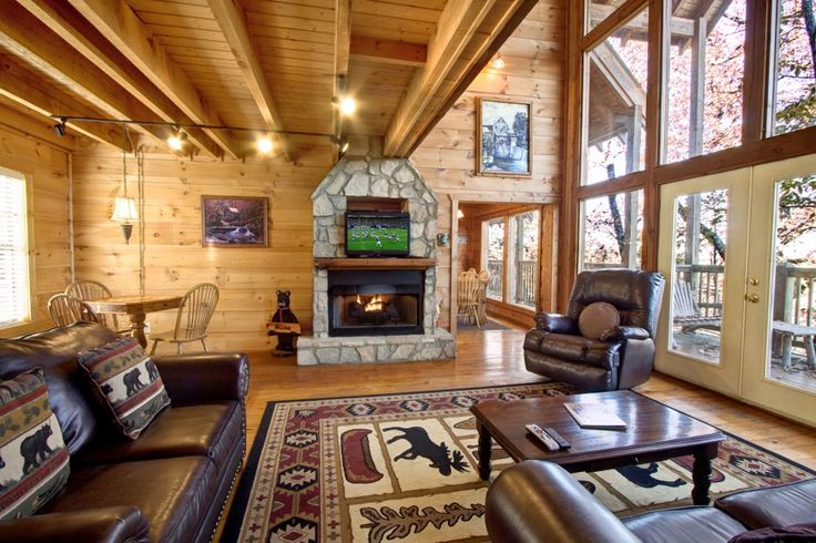 The Gristmill - This is a charming 3 bedroom cabin located just minutes from all the attractions in Pigeon Forge.