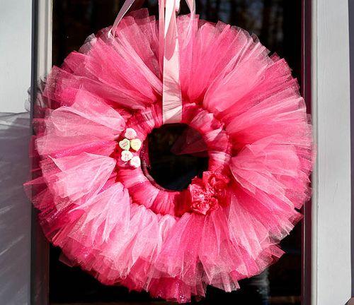 tulle wreathValentine'S Day, Little Girls, Crafts Ideas, Valentine Day, Tutu, Girls Room, Front Doors, Tulle Wreaths, Valentine Wreaths