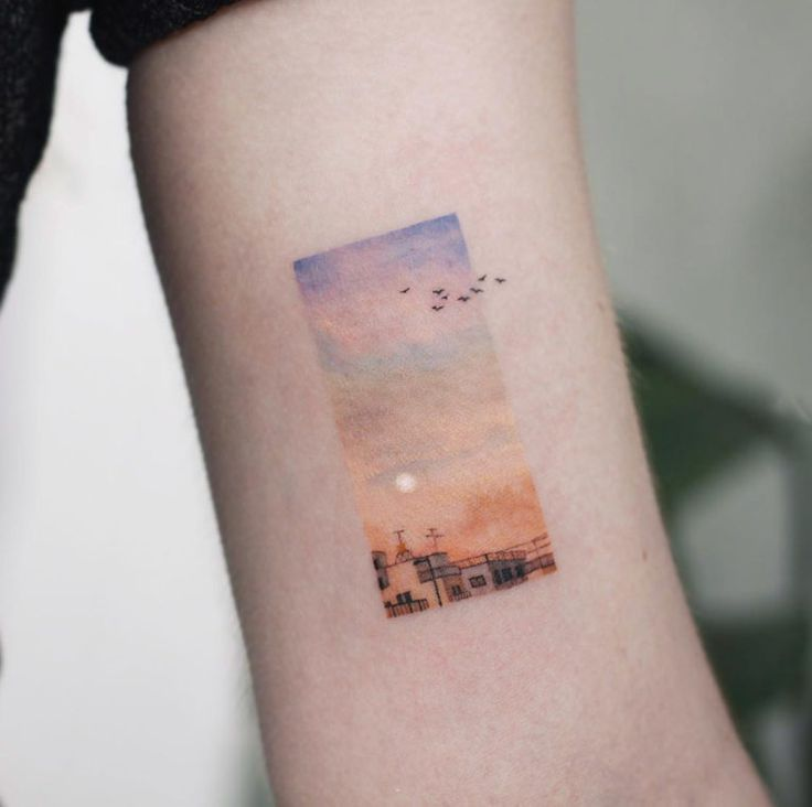 A Sunset By Saegeem In 2020 Tattoos Minimalist Tattoo