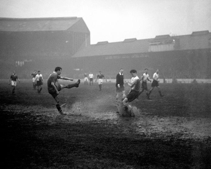 Soccer - League Division One - Chelsea v Bolton Wanderers - Stamford Bridge: