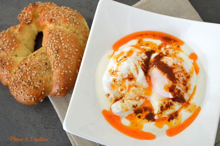 Cilbir, œufs pochés au yaourt