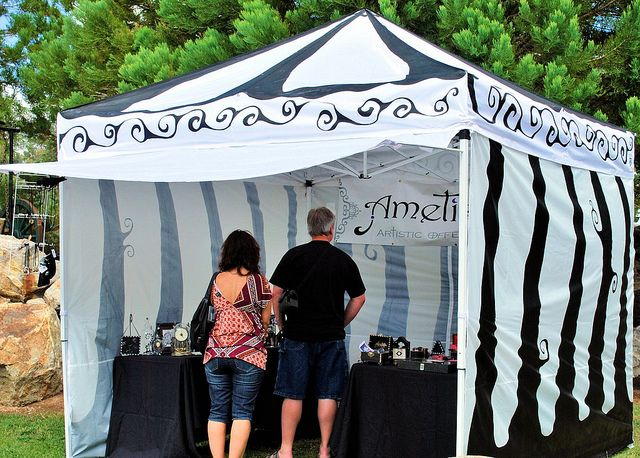 Tips for painting your trade show tent    If fair goers are drawn to your tent (customized to fit your shop) chances are they'll like what they see inside.