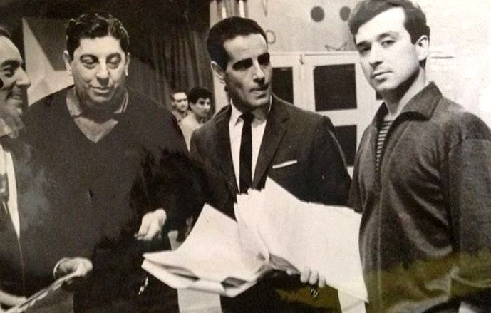 """Guillermo Brizuela Méndez, Oscar Sacco y Juan Carlos de Seta. Programa """"La Feria de la Alegria"""". Década del 60. (Fuente: PAVON 2444-Facebook)."""