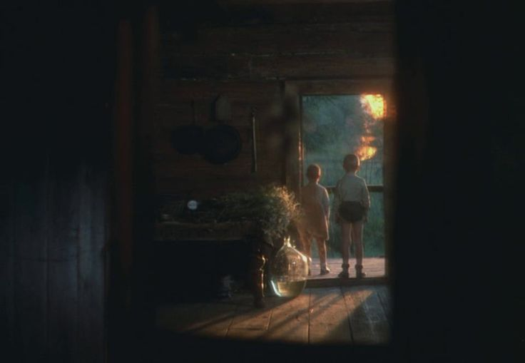 The Mirror (1975 - Andrei Tarkovsky) - monumental fire scene