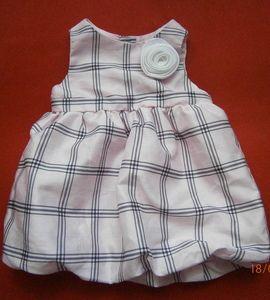 przesliczna sukieneczka bombka 0-3 old navy NOWA rozm. 56 za 12 zł http://dzieciociuszek.pl/products/32983