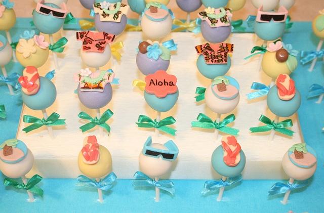 Hawaiian Theme Cake pops   by ♥ Prettylicious ♥, via Flickr