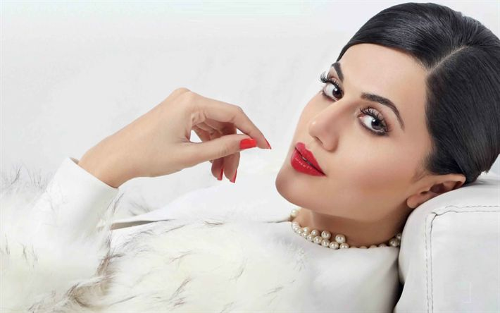 Download wallpapers Taapsee Pannu, indian actress, Bollywood, beauty, brunette