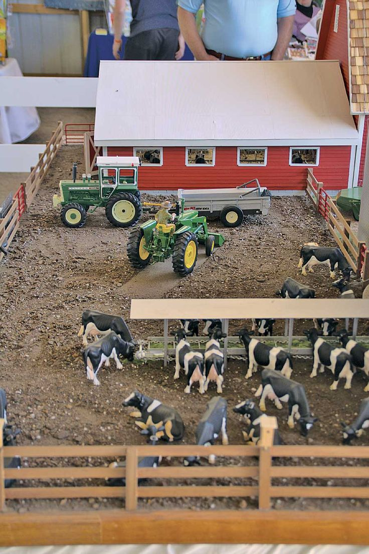 Best Toy Farm Display | mixture of potting soil and black dirt give the cow yard a realistic ...