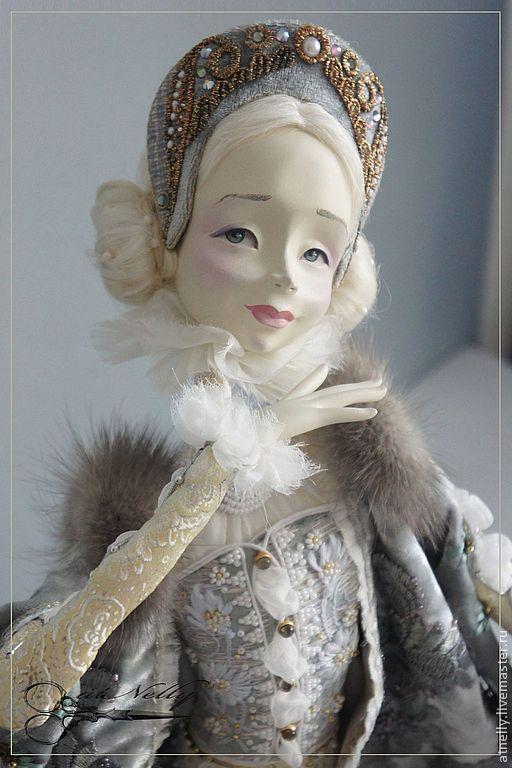 """Купить или заказать кукла """"ЛЮБАВА"""" в интернет магазине на Ярмарке Мастеров. С доставкой по России и СНГ. Материалы: папье-маше, Масляная краска,…. Размер: высота 40 см. (сидя)"""