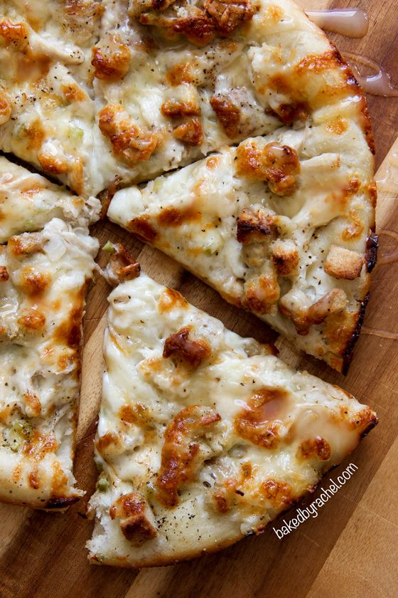 Leftover Thanksgiving pizza recipe from @bakedbyrachel. The ultimate Thanksgiving pizza loaded with mashed potatoes, turkey, stuffing and a drizzle of gravy!