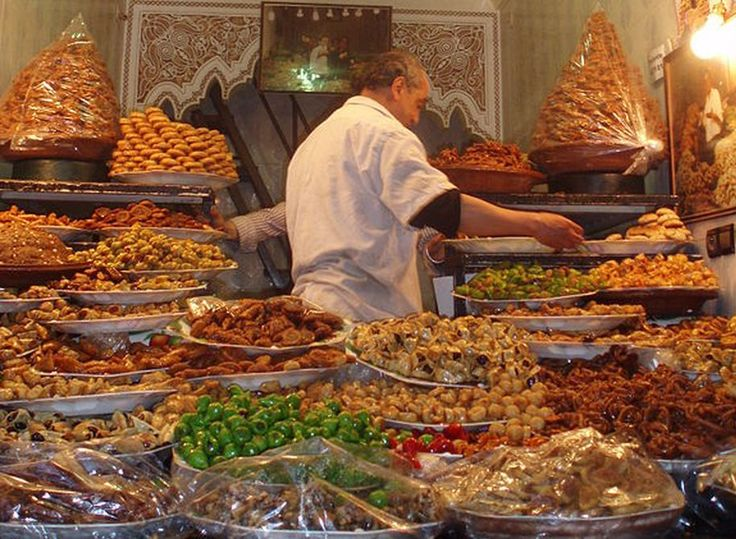 Moroccan pastries. ◆Morocco - Wikipedia http://en.wikipedia.org/wiki/Morocco #Morocco