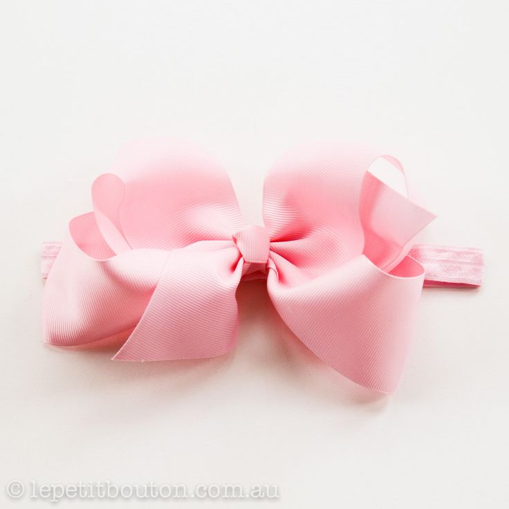 "Large Bow ""Amy"" Pink"