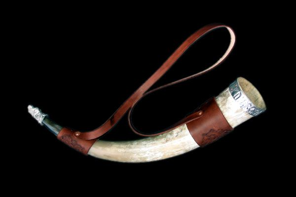 Shoulder strap with hand carved designs, dyed brown.: Louw S Craft, Runic Horn 4 500X333 Jpg, Carved Designs, Drinking Horns, Vikings Celts Medievel Crafts, Viking Board With