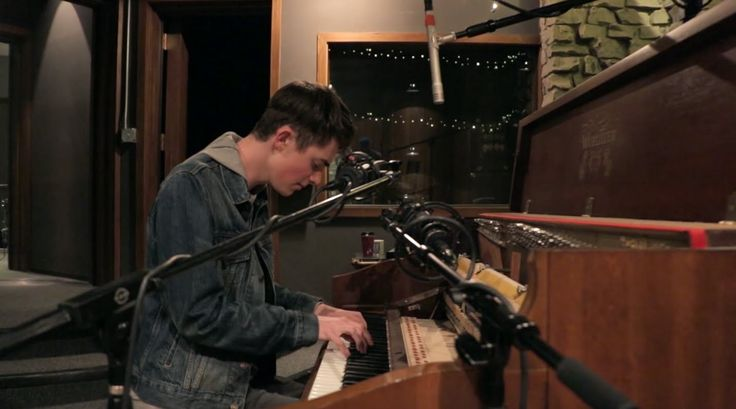 Greyson Chance - Meridians (Official Live Cut)
