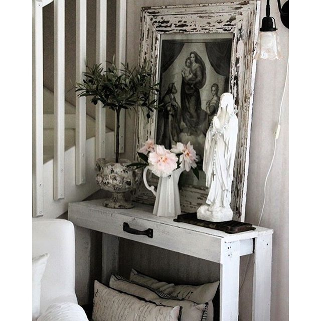 It is so neat to see different decorative approaches to #CatholicLiving. We love this use of space and faith. #CatholicCompany #BecauseFaithMatters