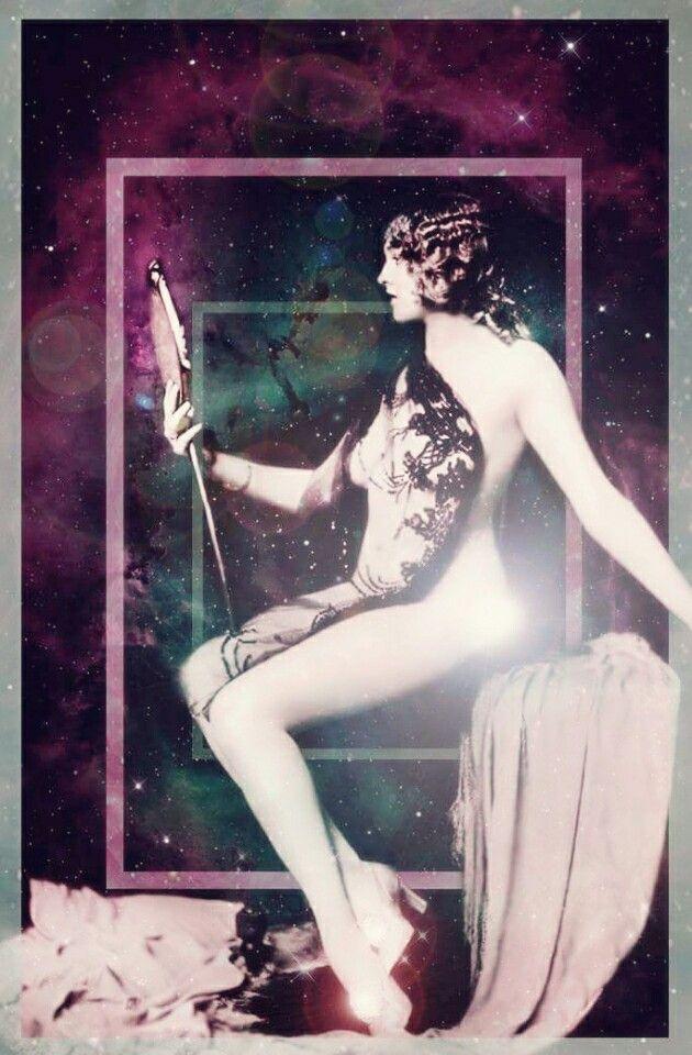 beautiful universe, Ziegfeld Girl, Vintage woman 1920.