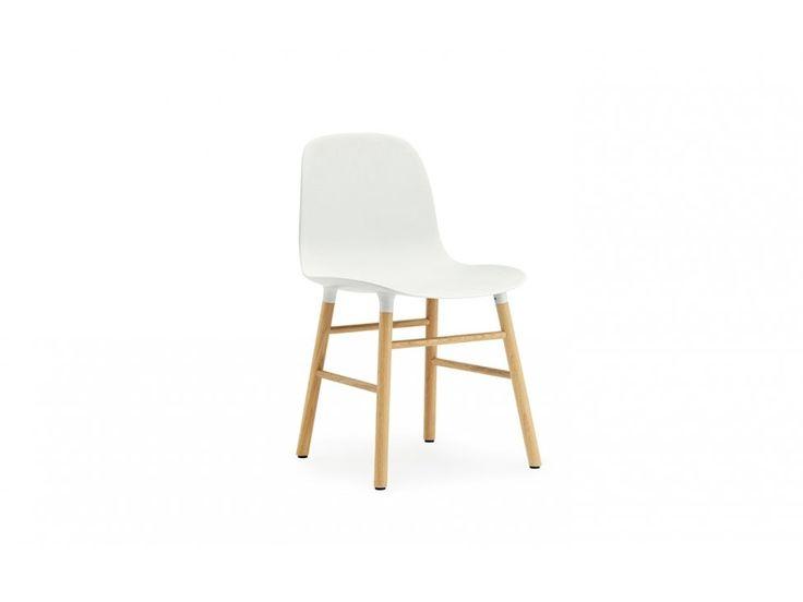 Krzesło Form Dębowe białe — Krzesła Normann Copenhagen — sfmeble.pl