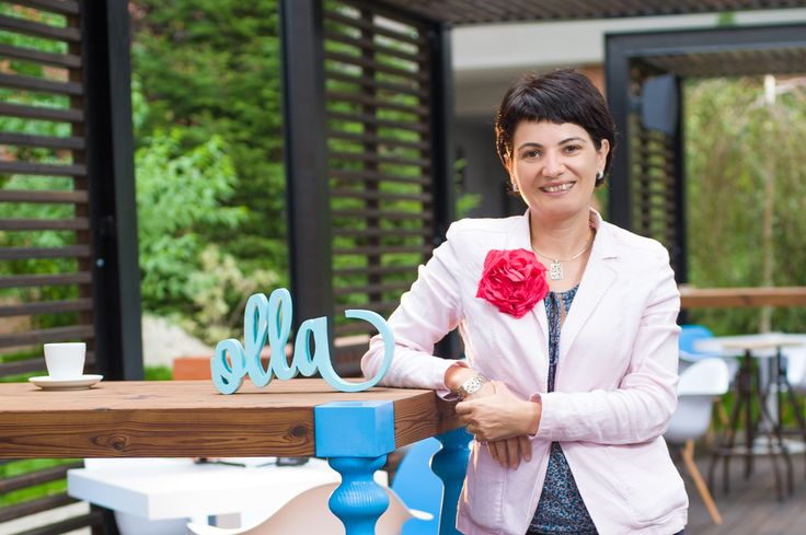 Oana Lamba, owner and floral designer at Olla Floral Art, took an old hobby and materialized it into a successful business, Now, she intends to increase the company's turnover by three times, to EUR 150,000 in 2016.      Anda Sebesi  How did you enter the Romanian business scene and why?