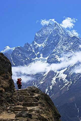 Trail between Namche Bazaar and Everest View Hotel, with Mt. Thamserku behind…
