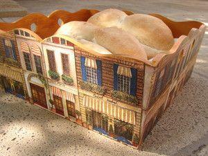 Panera Cafe Paris en juego con servilletero
