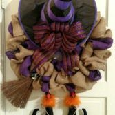 How to Make a Witch Halloween Burlap Wreath (Video)