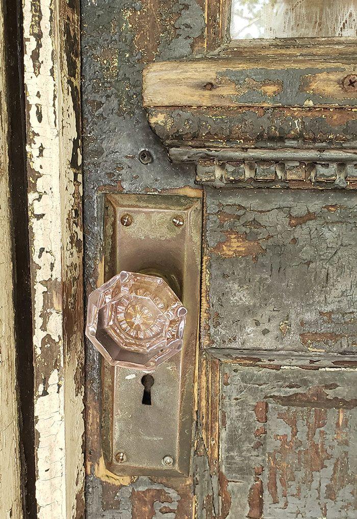 The Faded Grandeur Of Noble Hardee Mansion Romantic Homes Antiques Romantic Homes Unique Antiques