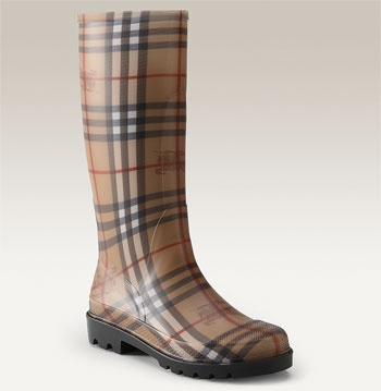 For the rain.: Burberry Check, Burberry Booty, Burberry Rainboot, Rainy Day, Burberry Rain Boots, Clothing Ck Style, Cowboys Boots, Burberry Wellies, Burberry 3 3