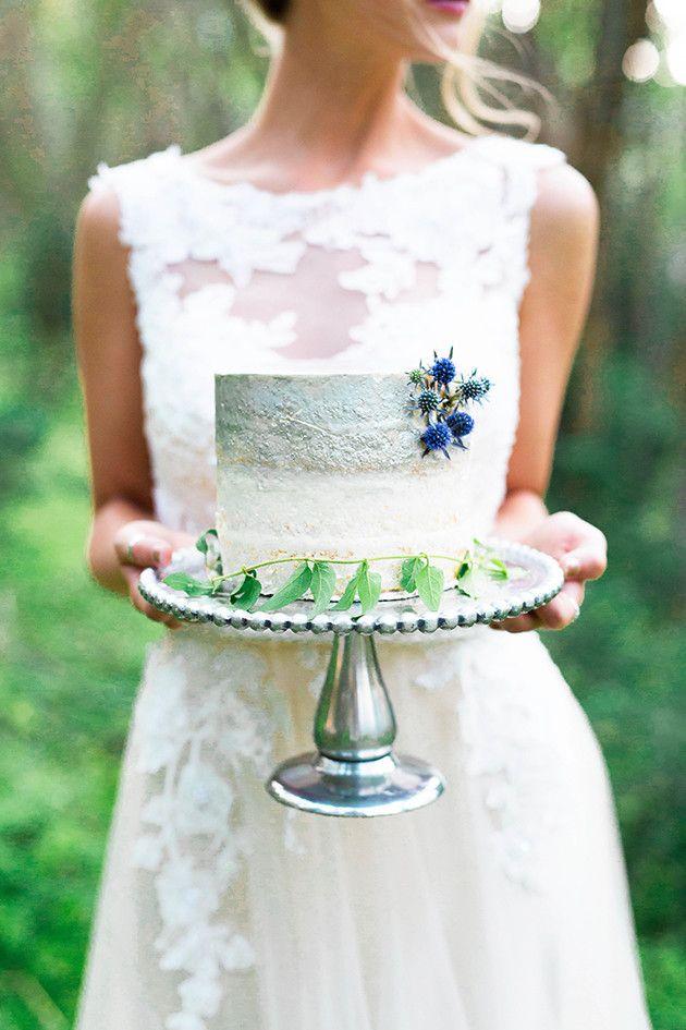 Something Blue Wedding Inspiration | Emilie Ann Photography | Bridal Musings Wedding Blog