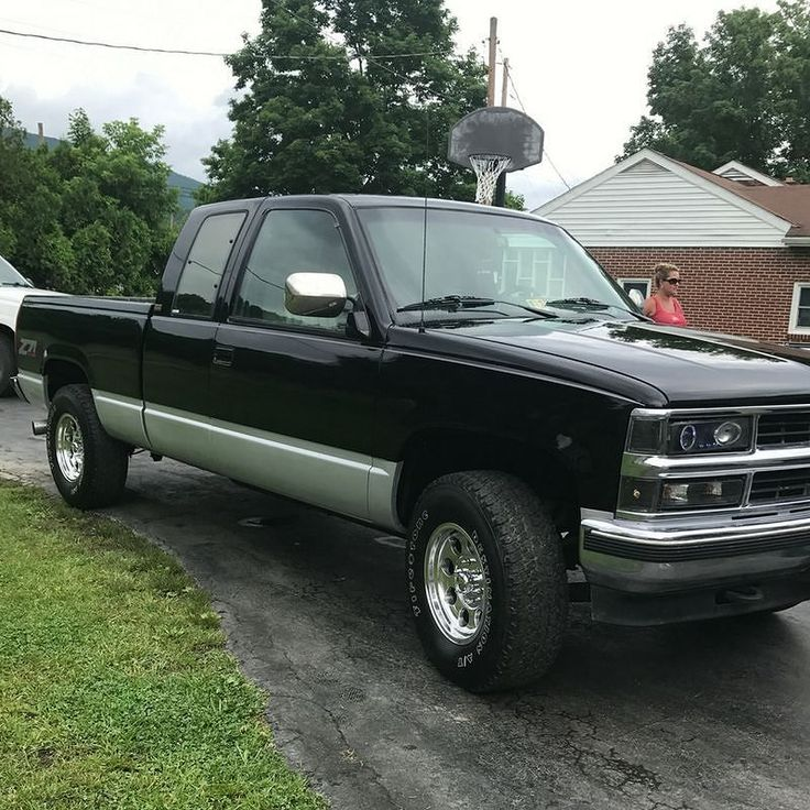 """Matthew Crookshanks says of his 1994 Chevy Silverado: """"The truck is still a work in process but for 391K miles it still runs like it just came off the show room floor!"""" #chevytrucks #chevy #chevysilverado #silverado #truckrestoration #lotsofmiles #trucklife #lmctruck"""