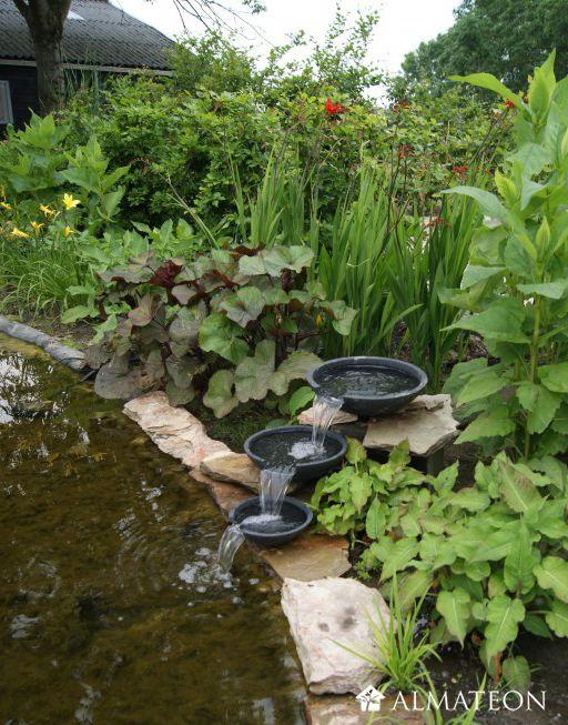 17 meilleures id es propos de cascade pour bassin sur pinterest fontaine de jardin fontaine. Black Bedroom Furniture Sets. Home Design Ideas