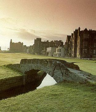 Love the color of the sky in this photo of St. Andrews golf course...