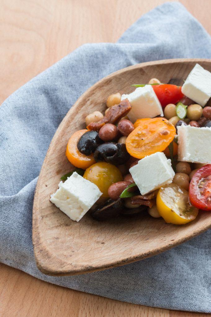 Středomořský salát s cizrnou