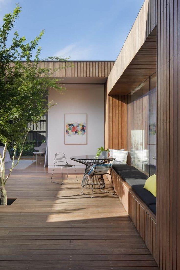 Balkon innenhof architektur bungalow haus anbau haus lichthof hausfassaden dachterrassen kleine häuser moderne häuser