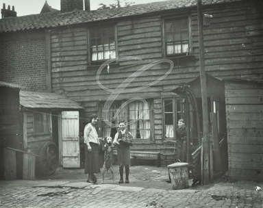 John's Hill, Shadwell, 1928