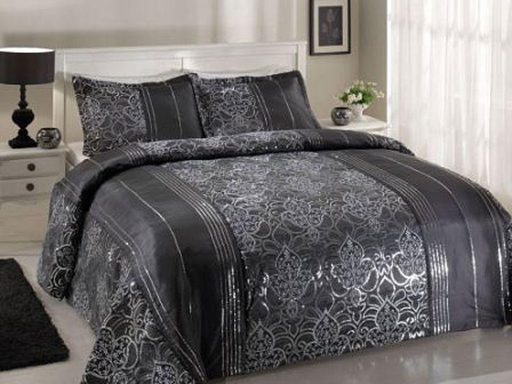 Siyah Renkli ve Gri Şeritli Karaca Home Yatak Örtüsü Modeli