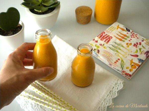 BATIDO de naranja, zanahoria y kiwi