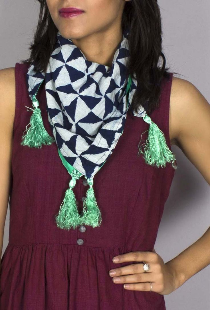 Indigo square scarf Dimension: L: 28 inches, W: 28 inches Color: Indigo & green Material: Cotton Finish: Hand crafted Inspiration: Indigo dying Ships in 12-15 days Return accepted within 10 days of delivery