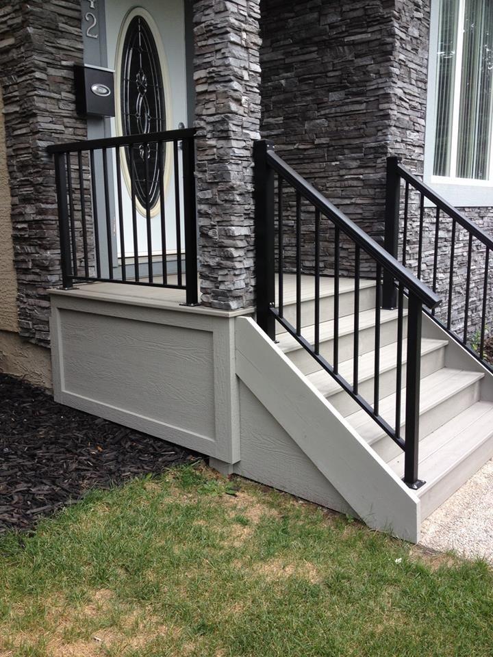 TREX front porch. www.thelittledecker.ca