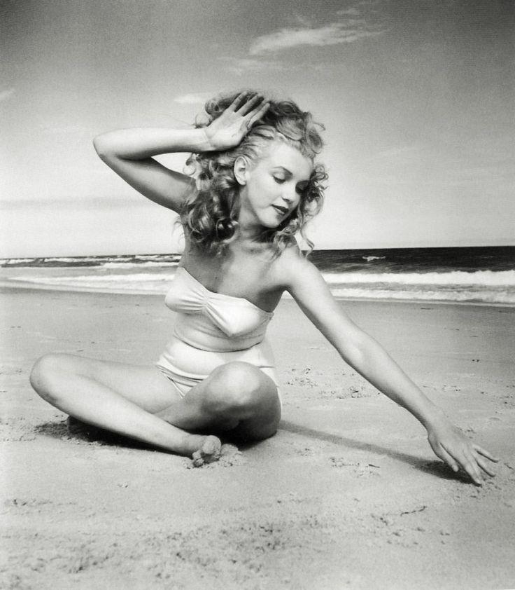 Marilyn Monroe at Tobay Beach, Long Island