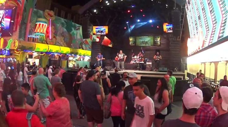 Reggae Concert in downtown Vegas