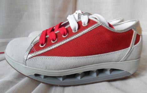 Je viens de mettre en vente cet article  : Baskets Scholl 60,00 € http://www.videdressing.com/baskets/scholl/p-4739320.html?utm_source=pinterest&utm_medium=pinterest_share&utm_campaign=FR_Femme_Chaussures_4739320_pinterest_share