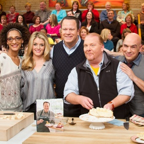 David Venable's Snowball Cosmopolitans featured on The Chew