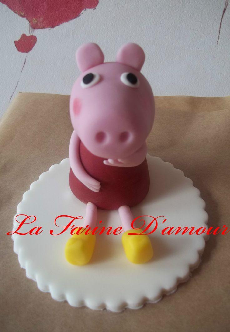 Baby pig eating cake - photo#24