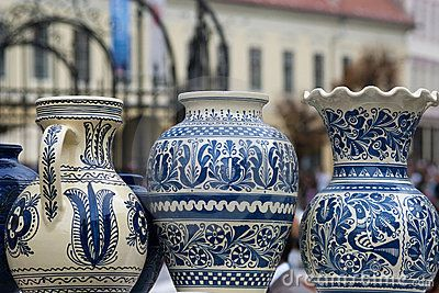 Rustic Romanian Pottery. Beautiful!
