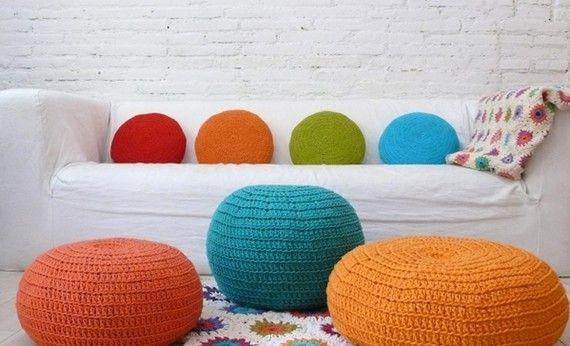 Linda decoração com almofadas de croche