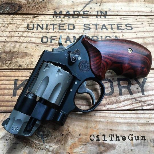 Smith & Wesson  327 Performance Center   357 Magnum