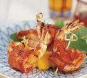 Креветки на гриле в беконе с соусом барбекю рецепт с фото
