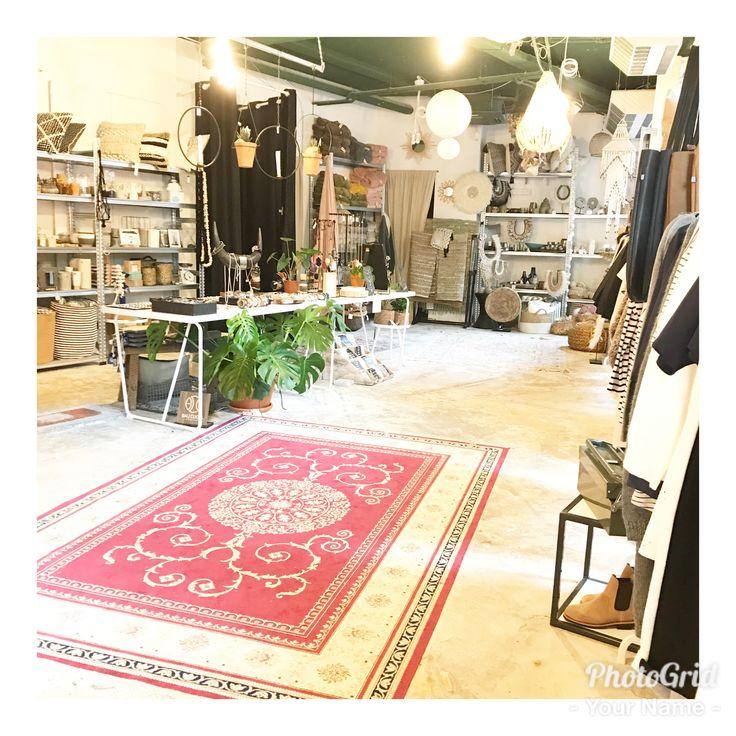 PS - Poush Pop-Up Store ~ The Hague // Shop-in-shop // conceptstore filled with Dutch Unique Brands //