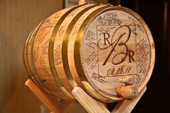 alternative to wedding programs with wine barrels | Wedding Barrel