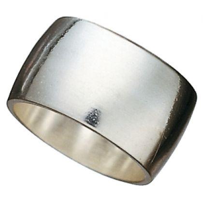 Kalevala Koru / Kalevala Jewelry / RAJALIN'S RING / Designer: Börje Rajalin / Material: silver also available 14K yellow gold or 14K white gold